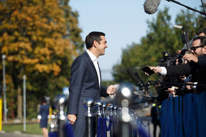Ο πρωθυπουργός Αλέξης Τσίπρας κάνει δηλώσεις προσερχόμενος στη  συνεδρίαση της Συνόδου Κορυφής της ΕΕ, στο Ταλίν, στην Εσθονία,  την  Παρασκευή 29 Σεπτεμβρίου 2017.  Με το άτυπο δείπνο των ηγετών των κρατών-μελών με θέμα το μέλλον της ΕΕ, στο πλαίσιο της άτυπης Συνόδου, ξεκίνησε χθες  η συζήτηση  για τη λήψη των αποφάσεων για το μέλλον της ΕΕ. ΑΠΕ-ΜΠΕ/consilium.europa.eu/ Raul Mee