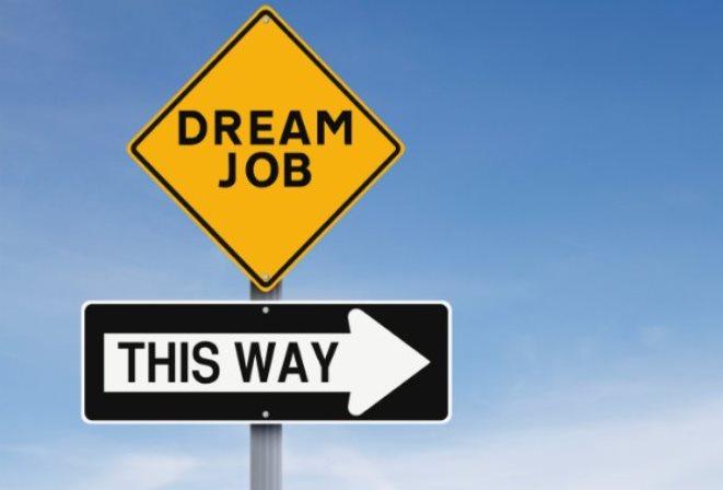 Θα δουλεύατε σε μια επιχείρηση για τέσσερις ημέρες την εβδομάδα αλλά θα σας πλήρωναν για πέντε;