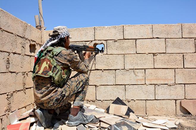 Οι τζιχαντιστές έχασαν και την πρωτεύουσά τους στη Συρία