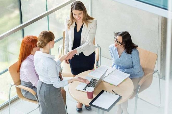 KPMG: Πάνω από τις μισές οικογενειακές επιχειρήσεις αυξάνει τον κύκλο εργασιών της