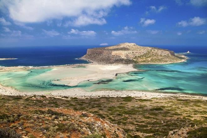 Οι προορισμοί που αναζήτησαν οι Έλληνες για φέτος το καλοκαίρι