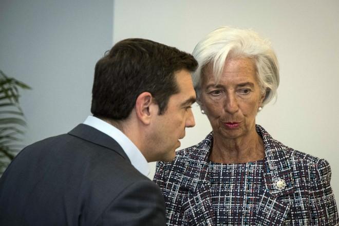 (Ξένη Δημοσίευση) Ο πρωθυπουργός Αλέξης Τσίπρας συνομιλεί με την γενική διευθύντρια του Διεθνούς Νομισματικού Ταμείου Κριστίν Λαγκάρντ, στο περιθώριο του Belt and Road Forum, στο Πεκίνο, την Κυριακή 14 Μαΐου 2017. Ο πρωθυπουργός, Αλέξης Τσίπρας, πραγματοποιεί επίσκεψη στην Κίνα από τις 12 Μαΐου, ως τις 15 Μαΐου, προκειμένου να συμμετάσχει στη διεθνή συνάντηση κορυφής Belt and Road Forum for International Cooperation που διοργανώνει η κυβέρνηση της Λαϊκής Δημοκρατίας της Κίνας.  ΑΠΕ-ΜΠΕ/ΓΡΑΦΕΙΟ ΤΥΠΟΥ ΠΡΩΘΥΠΟΥΡΓΟΥ/Andrea Bonetti