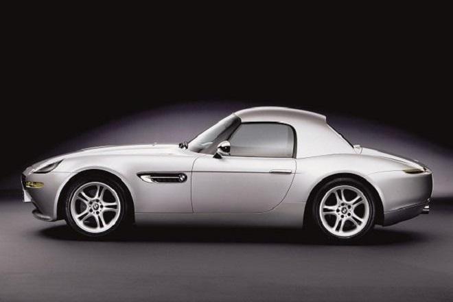 Πωλείται η BMW Z8 του Στιβ Τζομπς μαζί με το «κινητό που μισούσε»