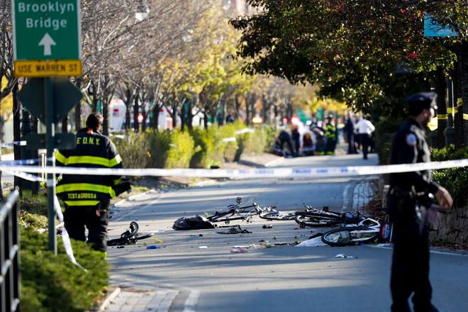 Οκτώ νεκροί και 12 τραυματίες από επίθεση με όχημα στη Νέα Υόρκη