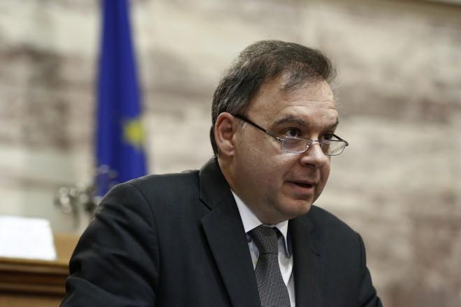 """Ο συντονιστής του γραφείου προϋπολογισμού της Βουλής Παναγιώτης Λιαργκόβας μιλάει στο συνέδριο με θέμα """"Κρίση-Μεταρρύθμιση-Ανάπτυξη"""", στη Βουλή, Αθήνα Δευτέρα 27 Μαρτίου 2017. ΑΠΕ-ΜΠΕ/ΑΠΕ-ΜΠΕ/ΓΙΑΝΝΗΣ ΚΟΛΕΣΙΔΗΣ"""