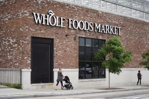 epa06031657 A Whole foods Market in Brooklyn, New York, USA, 16 June 2017. According to reports from 16 June 2017, US electronic commerce giant, Amazon,  is to buy US supermarket chain Whole Foods Market for some 13.7 billion US dollars.  EPA/ANDREW GOMBERT