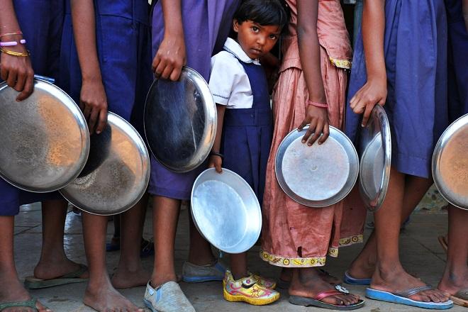 FAO: Κίνδυνος υποσιτισμού για το ήμισυ του πλανήτη έως το 2030