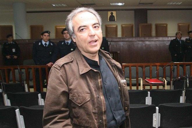 Για πρώτη φορά εκτός φυλακής με άδεια ο Δημήτρης Κουφοντίνας