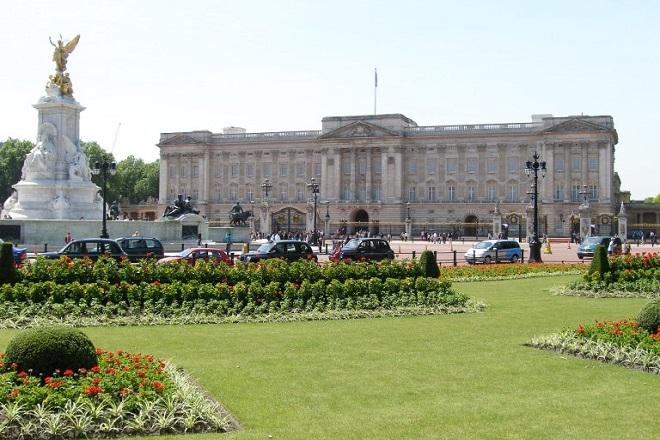 Άλλο ένα μέλος της βρετανικής βασιλικής οικογένειας στα Paradise Papers