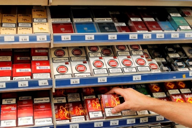 France, tobacco store, cigarettes