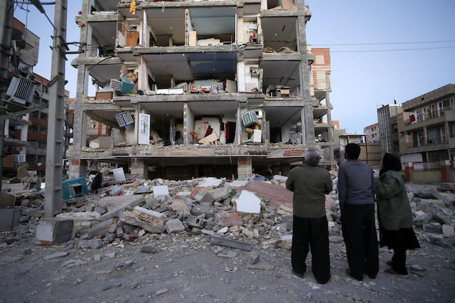 Σεισμός 7,3 Ρίχτερ στα σύνορα του Ιράκ με το Ιράν- Περισσότεροι από 330 οι νεκροί