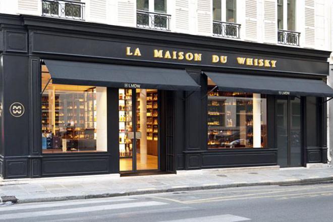 Πανάκριβα ουίσκι πολλών χιλιάδων ευρώ έκλεψαν ληστές από κάβα στο Παρίσι