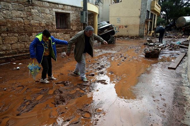 Οικονομική ενίσχυση στους πλημμυροπαθείς της Μάνδρας από τον ΑΔΜΗΕ