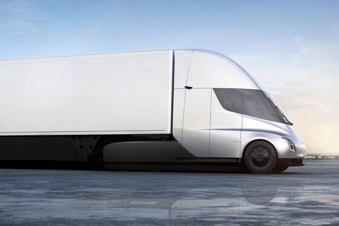 Ηλεκτροκίνητα φορτηγά: Το νέο πολύ μεγάλο στοίχημα του Έλον Μασκ