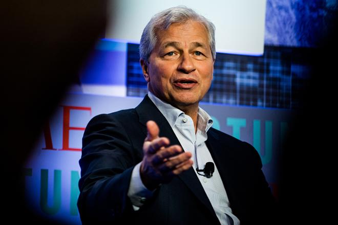 Τί κάνει τον CEO της JPMorgan να πιστεύει ότι δεν θα υπάρξει ύφεση το 2019