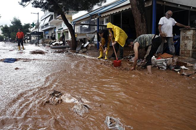 Ξεκινούν από αύριο οι διαδικασίες για τις αποζημιώσεις πλημμυροπαθών