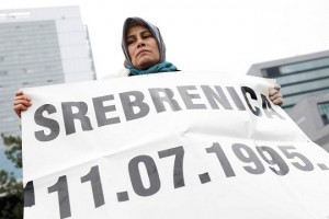 epa06343613 Srebrenica women protest outside the Yugoslav War Crimes Tribunal, during the verdict against Bosnian Serb military chief Ratko Mladic, in The Hague, Netherlands, 22 November 2017. Ratko Mladic is expecting the verdict at the Yugoslav War Crimes Tribunal for his genocide trial, in The Hague, Netherlands. Mladic's trial is the last major case for the Netherlands-based tribunal for former Yugoslavia, which was set up in 1993 to prosecute those most responsible for the worst carnage in Europe, since World War II.  EPA/BAS CZERWINSKI