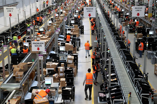 Γιατί η αύξηση του κατώτατου μισθού στην Amazon μπορεί να μην ωφελήσει τους υπαλλήλους