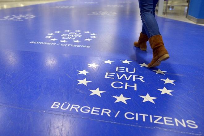 Γερμανία προς Ελλάδα: Ελέγξετε σωστά για να σταματήσουμε τους ελέγχους