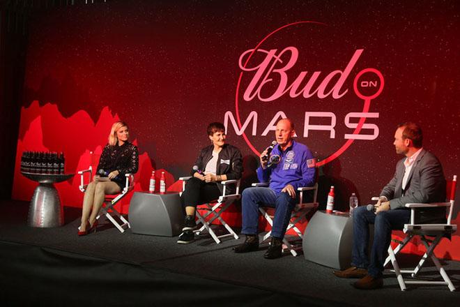 Η Budweiser θέλει να είναι η πρώτη μπίρα στον πλανήτη Άρη