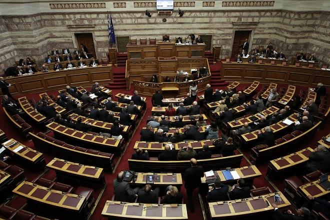 Την Πέμπτη στη Βουλή η ψήφιση του μέτρου για τα αναδρομικά
