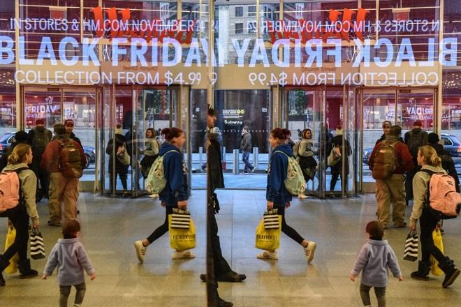 Ο πρώτος απολογισμός της Black Friday: Αυξημένος ο τζίρος, ποια καταστήματα είδαν «άσπρη μέρα»