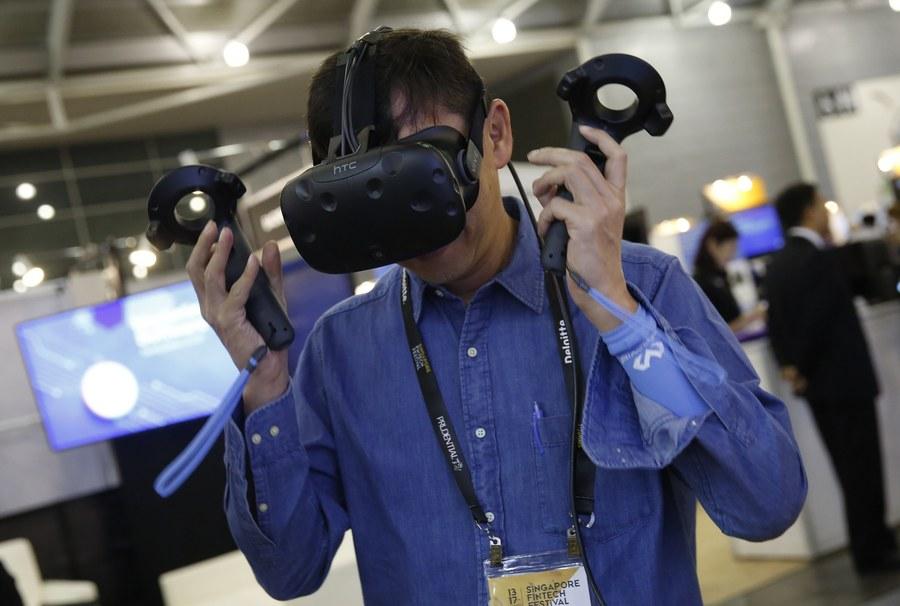 Η Amazon έκανε το πρώτο βήμα στην αγορά της εικονικής πραγματικότητας