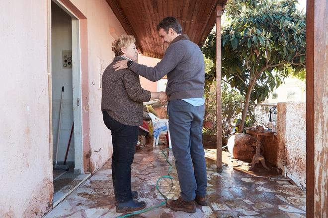 Επίσκεψη Κ. Μητσοτάκη στη Μάνδρα: Να ολοκληρωθούν το συντομότερο τα αντιπλημμυρικά έργα