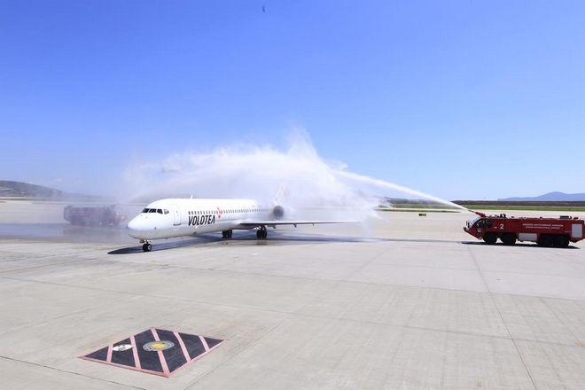 Βάση στο αεροδρόμιο της Αθήνας δημιουργεί η Volotea