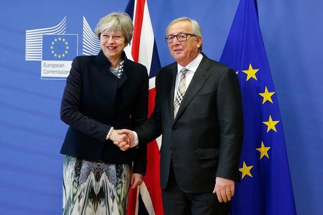 Η συμφωνία με την ΕΕ για τη Βόρεια Ιρλανδία ανοίγει τον «ασκό του Αιόλου» στη Βρετανία