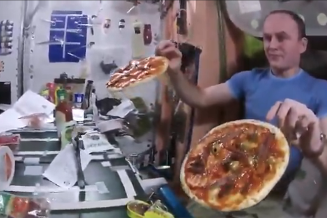 pizza space station