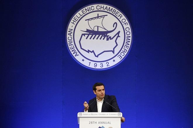 Ο πρωθυπουργός, Αλέξης Τσίπρας απευθύνει χαιρετισμό στο ετήσιο συνέδριο του Ελληνο-Αμερικανικού Εμπορικού Επιμελητηρίου «Η Ώρα της Ελληνικής Οικονομίας» σε κεντρικό ξενοδοχείο της Αθήνας, Τρίτη 5 Δεκεμβρίου 2017. ΑΠΕ-ΜΠΕ / ΑΠΕ-ΜΠΕ / ΑΛΕΞΑΝΔΡΟΣ ΒΛΑΧΟΣ