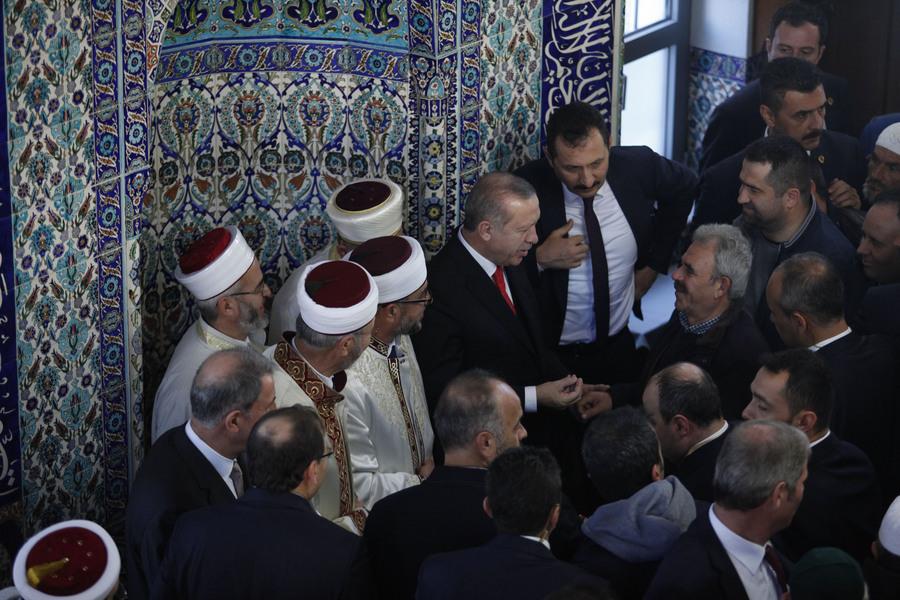 Στο τζαμί της Κομοτηνής ο Ερντογάν