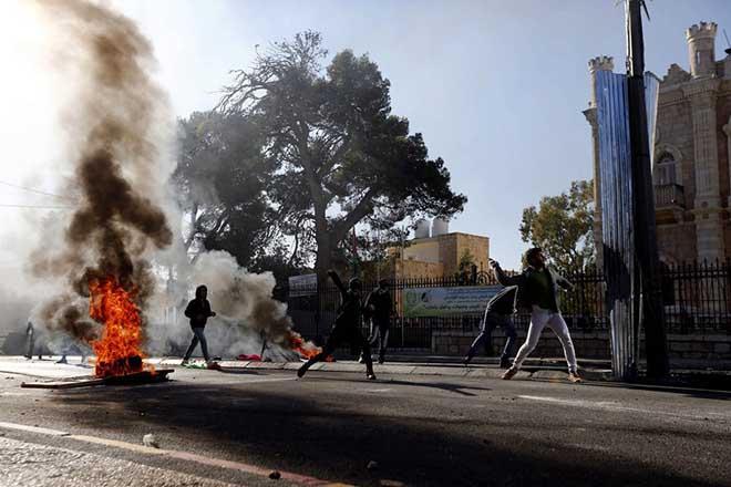 Θύελλα διαμαρτυρίας στη Μέση Ανατολή για την Ιερουσαλήμ – Μέσω Twitter απαντά ο Τραμπ