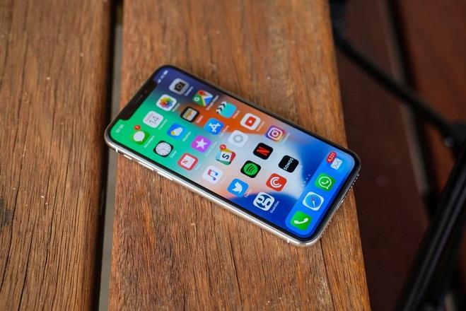H νέα έκπληξη της Apple στο iPhone X