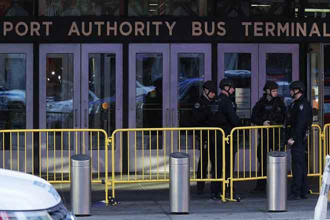 Τρομοκρατική ενέργεια η έκρηξη στον κεντρικό σταθμό λεωφορείων της Νέας Υόρκης (Βίντεο)