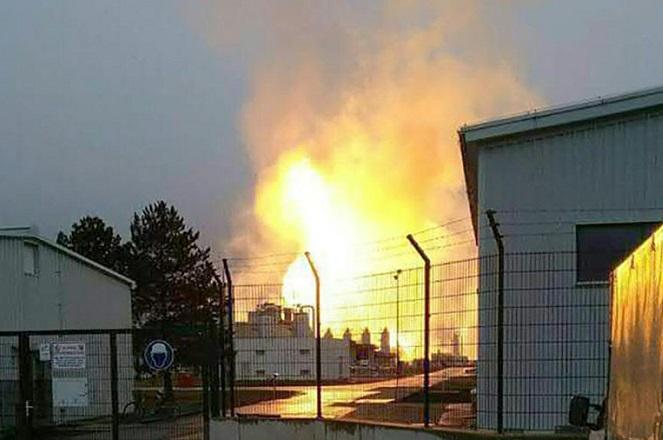 Ένας νεκρός και 18 τραυματίες από έκρηξη σε αγωγό φυσικού αερίου στην Αυστρία