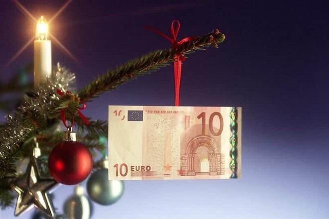 Πότε καταβάλλεται το δώρο Χριστουγέννων και τα επιδόματα ανεργίας