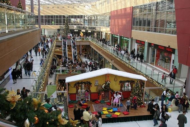 ΕΣΕΕ: 1,59 δισ. ευρώ θα «πέσει» στην αγορά από το Δώρο Χριστουγέννων