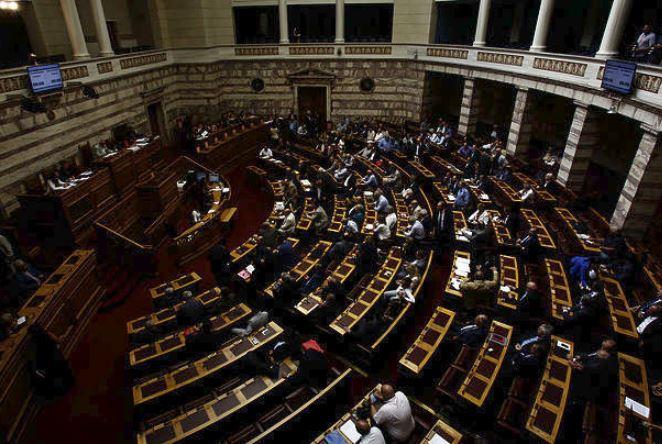 Ξεκίνησε η συζήτηση για την ένταξη της ΠΓΔΜ στο ΝΑΤΟ -Καταψηφίζουν ΝΔ και ΔΗΣΥ