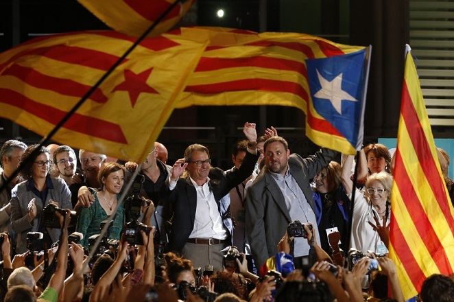 Εκλογές στην Καταλονία: «Χαστούκι» στην Ισπανία η νίκη των αυτονομιστών