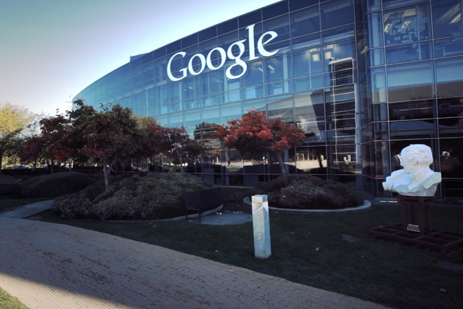 Αγωγή κατά της Google από απολυμένο μηχανικό της που στηρίζει τον Τραμπ