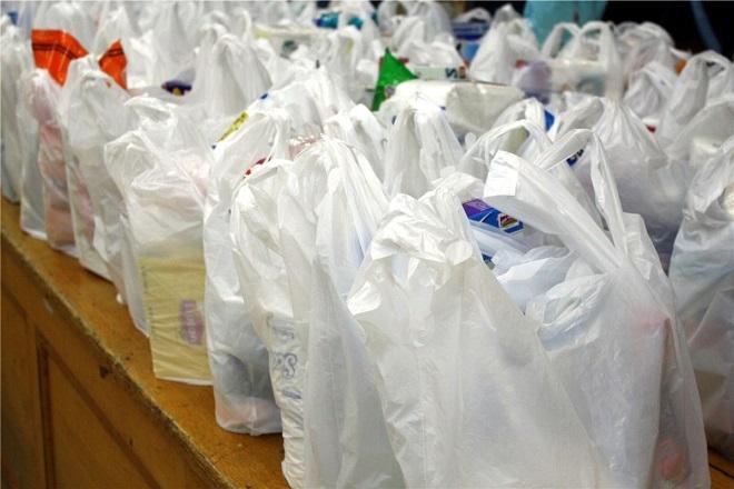 Πόσο θα σας κοστίζει η πλαστική σακούλα από τη νέα χρονιά