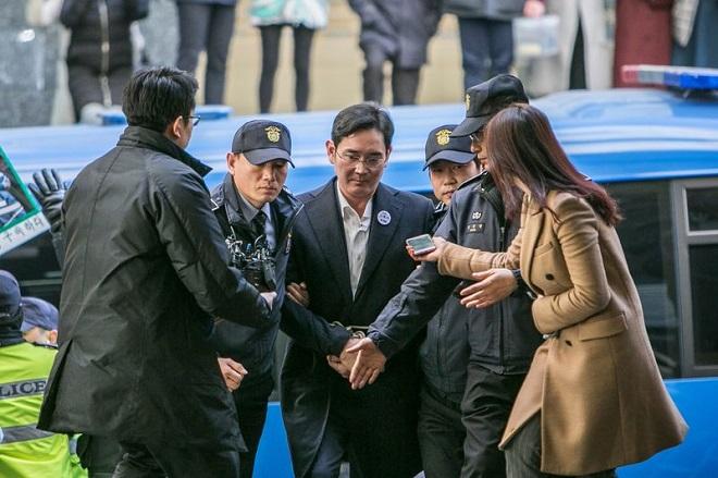 Ποινή κάθειρξης 12 ετών στον κληρονόμο της Samsung