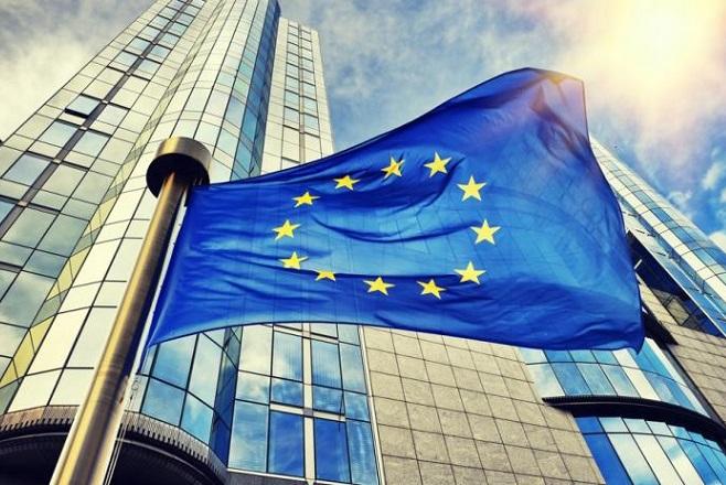 Δεύτερη στην Ευρώπη η Ελλάδα σε χρηματοδότηση από το πακέτο Γιούνκερ
