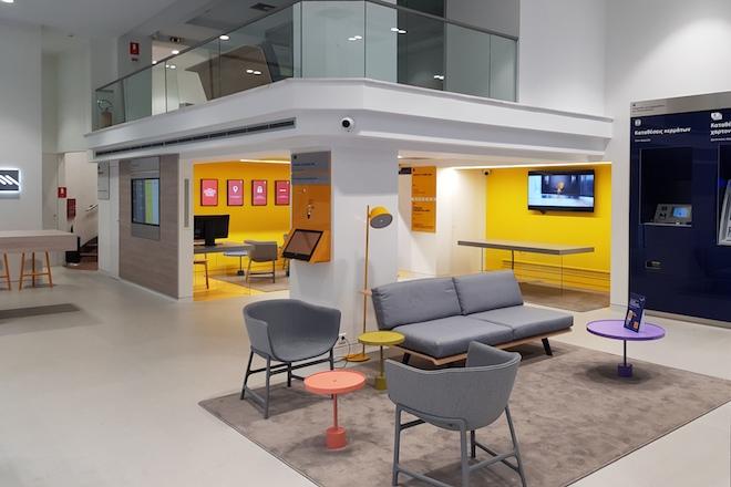 Νέο κατάστημα e-branch στη Γλυφάδα από την Τράπεζα Πειραιώς