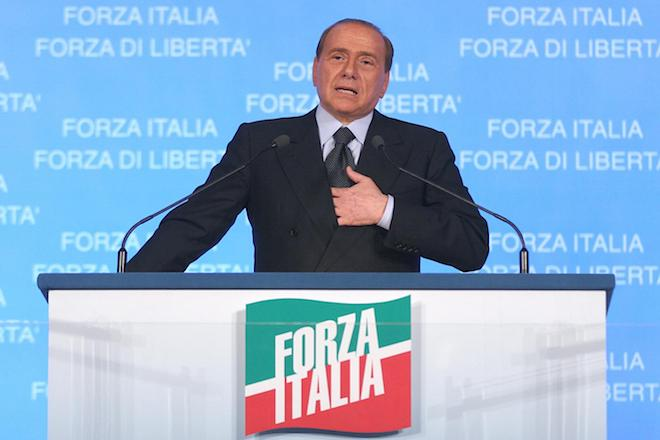 Υποψήφιος πρωθυπουργός μπορεί να είναι και πάλι ο «Σιλβιόνε» σε επόμενες εκλογές στην Ιταλία