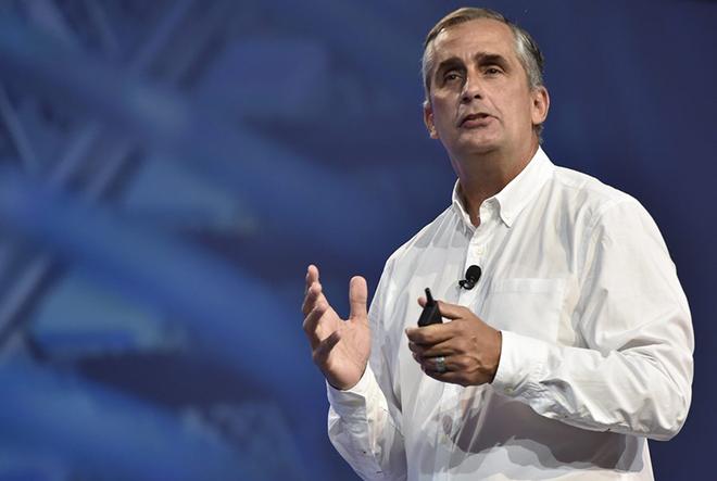 Ο CEO της Intel πούλησε τις μισές μετοχές του πριν ξεσπάσει η μεγάλη αποκάλυψη του κενού ασφαλείας