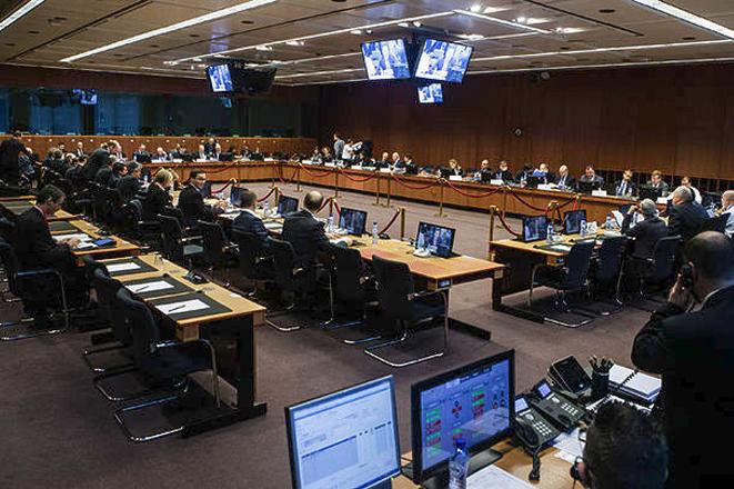 ΥΠΟΙΚ: «Κλειδώνει» στα 6,7 δισ. ευρώ η δόση της τρίτης αξιολόγησης