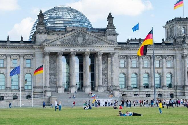 Πώς η Γερμανία πρόλαβε την τελευταία στιγμή να αποφύγει την ύφεση